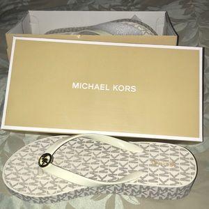 Michael Kors platform Flip Flops